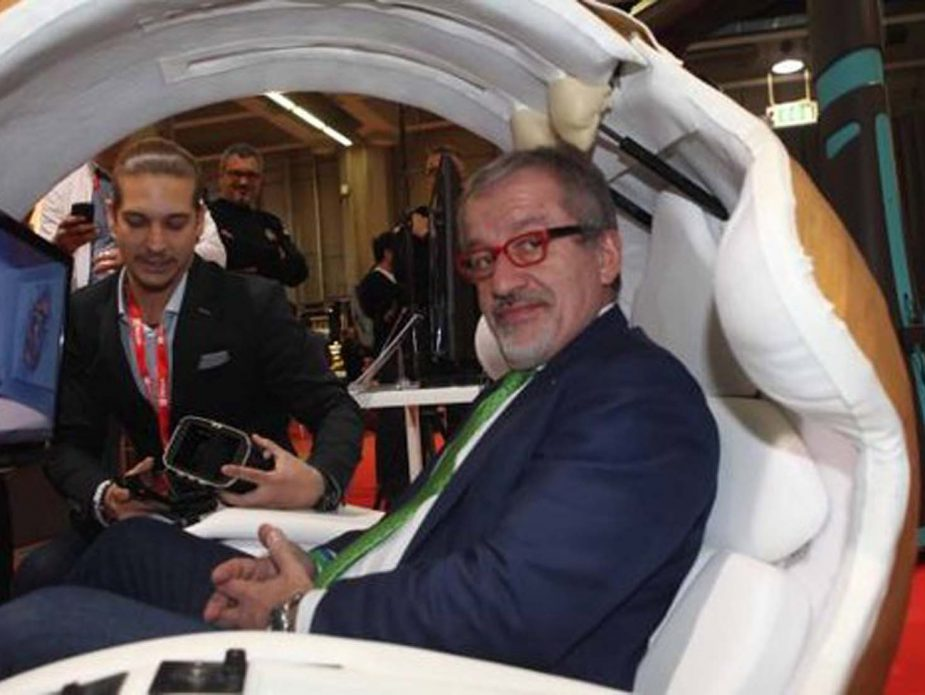 1_Il Giorno_Embryo Smart Pod e Roberto Maroni allo Smau Milano 2017