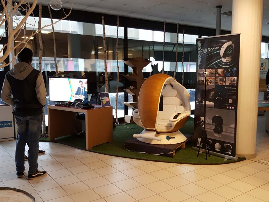3_Embryo Smart Pod_the multimedia workstation_Digitalmeet 2017